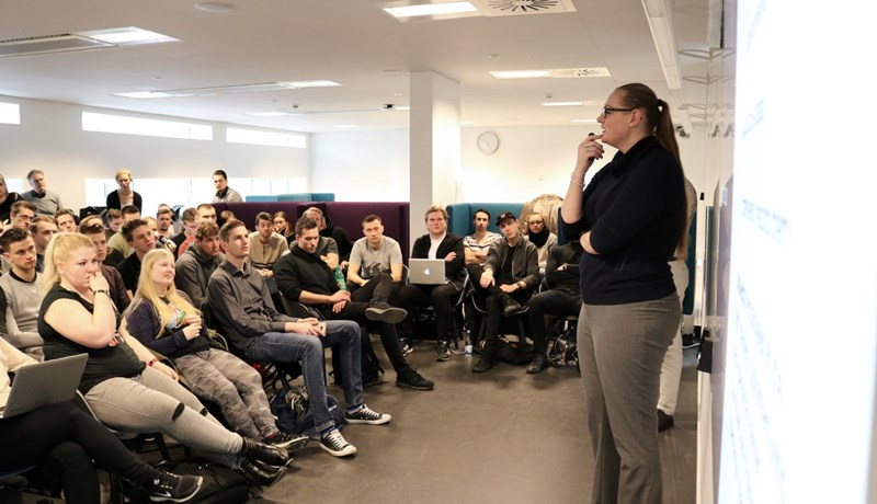VP of Operations at AthGene, Anita Berntsen, to the students.